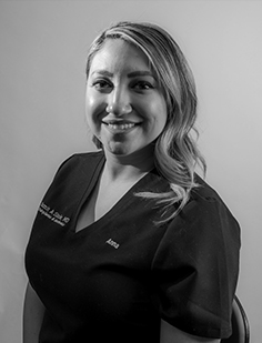 Anna Martinez, LE Anna is a Colorado native who has been working in ophthalmology for 16 years